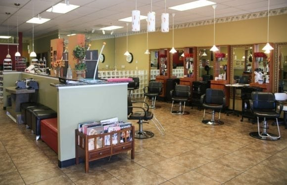 EilGroveSalon1 580x375 - Elk Grove Salon & Spa