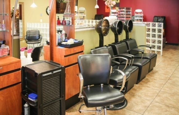 EilGroveSalon7 580x375 - Elk Grove Salon & Spa