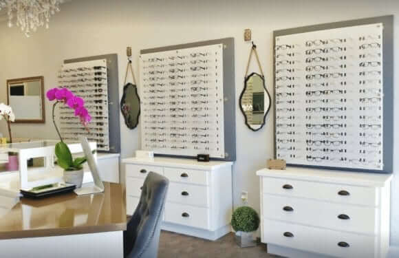 Eyeplace6 580x375 - Eye Place Optometry